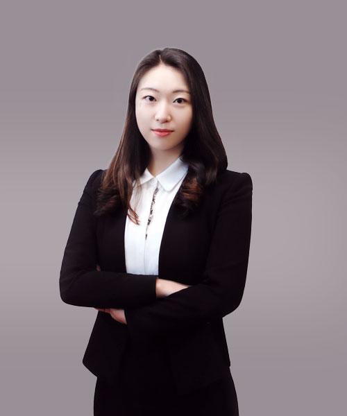 lawyer02.jpg
